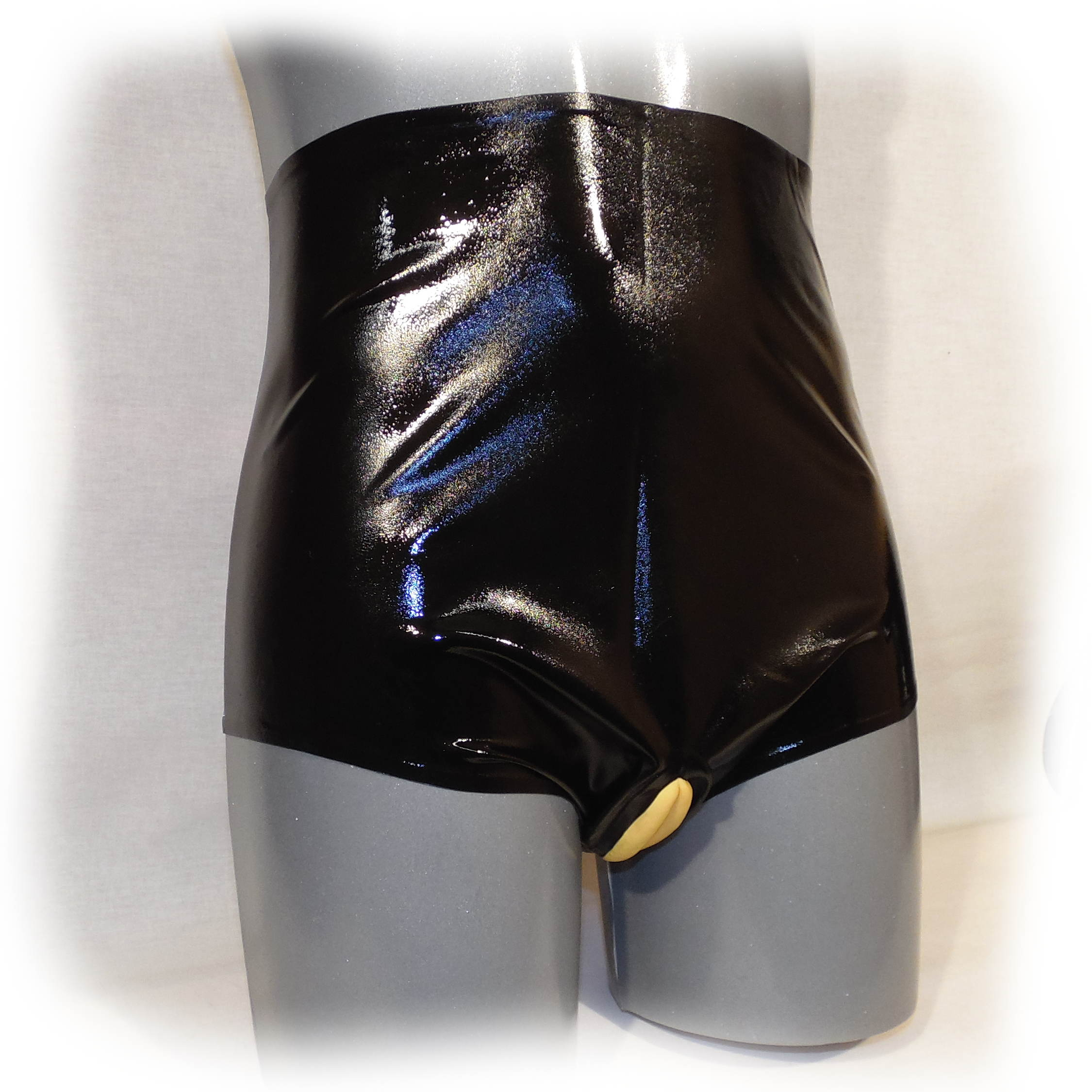 Latex Shorts mit Latex-Schamlippen und Analcondom Size L (1601)